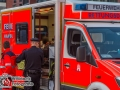 Aus ungeklärten Gründen kam es am Samstagmorgen nach einer Party zu einem Streit zwischen zwei Schwester. Der Streit eskalierte derart, dass eine der beiden von der St. Annenbrücke in den St. Annenfleet sprang. Ein Freund und die Schwester holten die junge Frau aus dem Wasser und alarmierten die Feuerwehr. Die junge Frau kam mit Unterkühlungen in ein Krankenhaus. Über den Ausgang des Streits ist nichts übermittelt. Foto: Dominick Waldeck