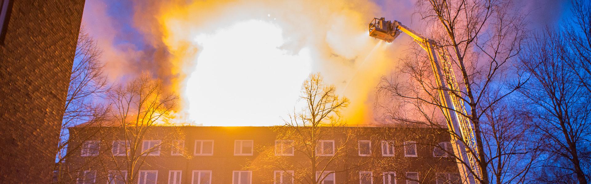 07.03.2018 – Dachstuhlbrand in Hamburg-Borgfelde