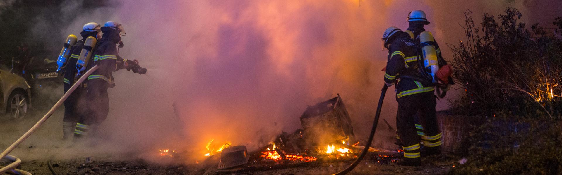 03.05.2018 – Wohnmobil-Brandstifter schlägt in Wandsbek zu