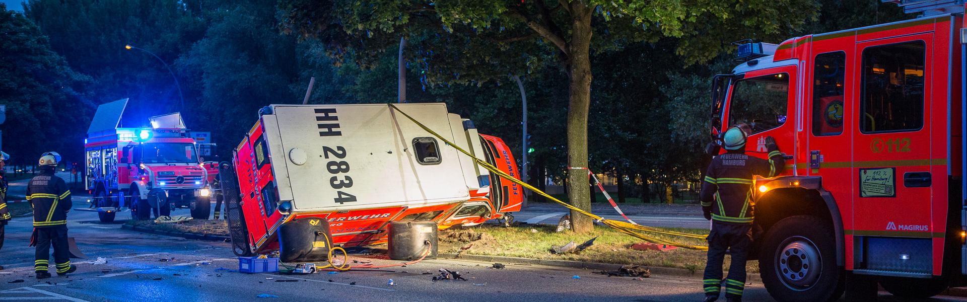 17.07.2017 – Unfall mit Rettungswagen am Stadtpark