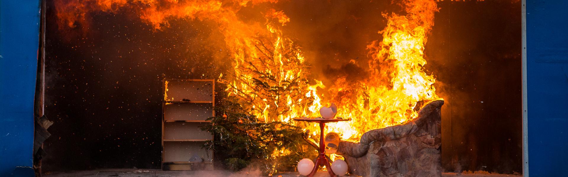 14.12.2018 – Feuerwehr Hamburg gibt Tipps für sichere Weihnachten