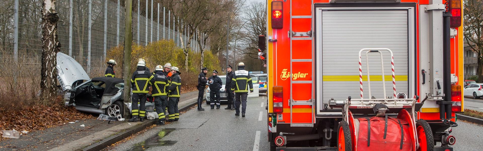 09.12.2018 – Unfall auf regennasser Fahrbahn am Stadtpark