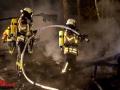 Feuer zerstört alten Pferdestall in Geesthacht Foto: Dominick Waldeck